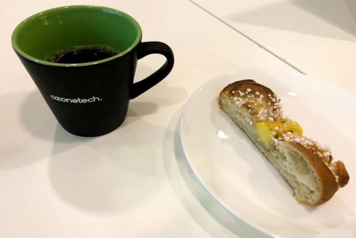 Bulle och kaffe hos Awave.
