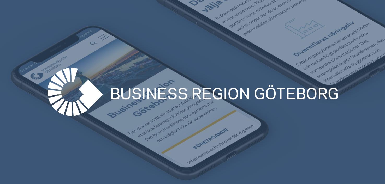 Två mobiler som visar upp business region Göteborgs hemsida samt deras logotyp ovanpå