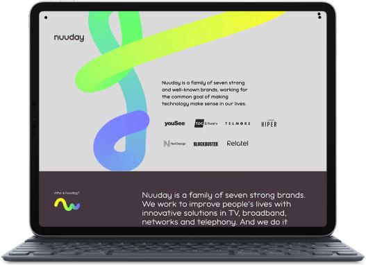 Ipad som visar upp Nuudays hemsida